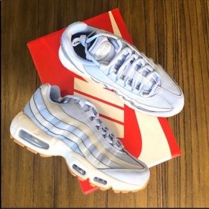 Nike Air Max 95 chunky dad shoe light blue sneaker